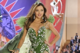 2012 Victoria\'s Secret Fashion Show