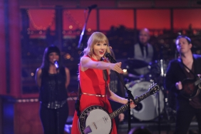 Taylor Swift with Her Banjo
