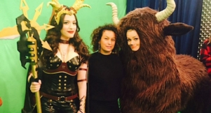 2 Broke Girls Costume Designer Explains The Birth Of Death Bitch And Yak Girl