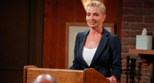 What's Jaime Pressly's Favorite Super Bowl Commercial?