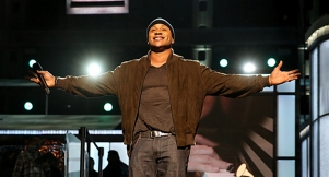 "LL COOL J To Host 17th Annual ""A Home For The Holidays"" Special"