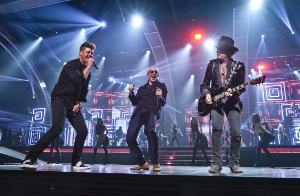 Robin Thicke, Pitbull, and Joe Perry hit the stage for a rocked-out rehearsal.