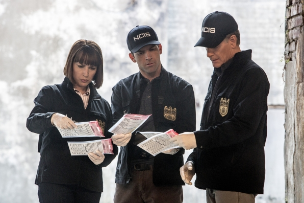 Julie Ann Emery as NCIS Special Agent Karen Hardy, Lucas Black as Special Agent Christopher LaSalle, and Scott Bakula as Special Agent Dwayne Pride