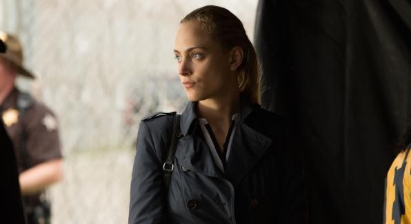 Nora Arnezeder as Chloe Tousignant.