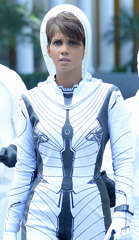 3. Molly Woods (<i>Extant</i>)