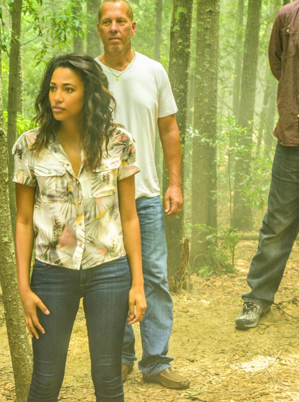 Kylie Bunbury as Eva Sinclair.