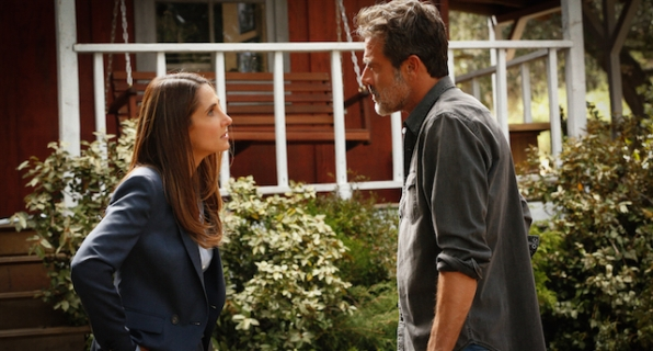 Melina Kanakaredes as Dorothy and Jeffrey Dean Morgan as JD Richter.