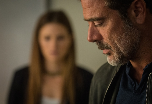Grace Gummer as Julie Gelineau and Jeffrey Dean Morgan as JD Richter.