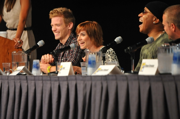 NCIS: Los Angeles Teching Out Panel