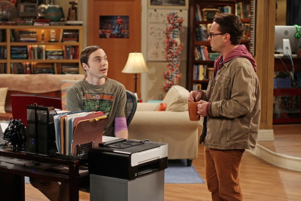 Sheldon turns to Leonard for relationship advice