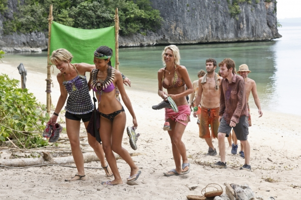 """Walking back to camp in """"Cut Off the Head of the Snake"""" Episode 9 of Season 26"""