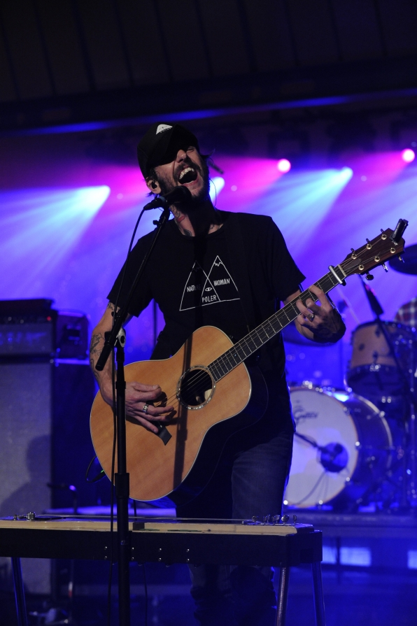 Band of Horses Take Center Stage