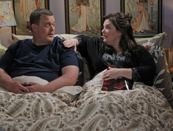 "Mike & Molly - ""Mike Likes Cake"""