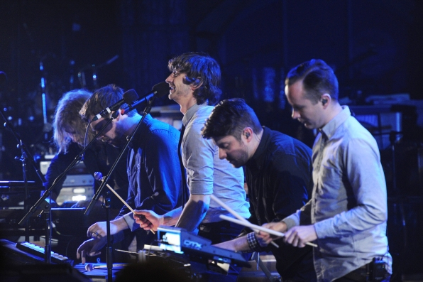 Gotye and Band Members Perform