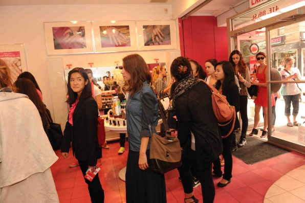 Fans at Dashing Diva
