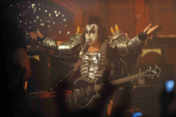 Gene Simmons Engages the Audience