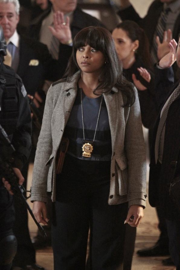 Detective Carter On the Scene