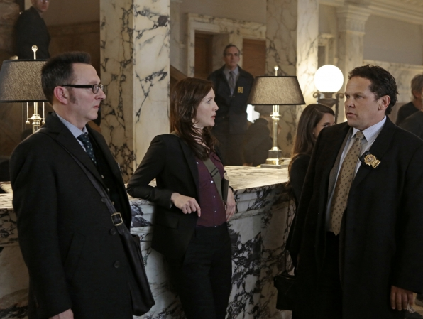 Detective Fusco and Finch Protect Their Latest POI