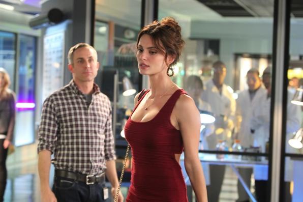 8. Hodges and Elisabetta - CSI: Crime Scene Investigation