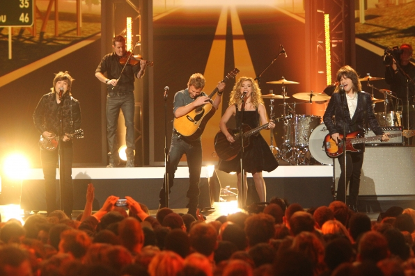 Country Stars Take the Stage