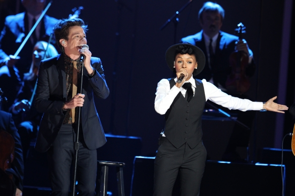 Fun. Performs with Janelle Monáe