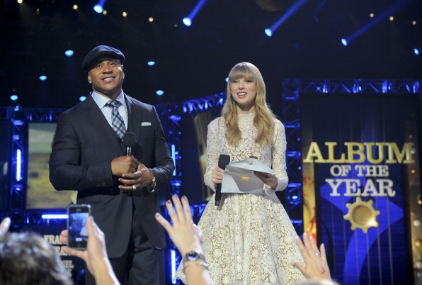Hosts LL Cool J and Taylor Swift