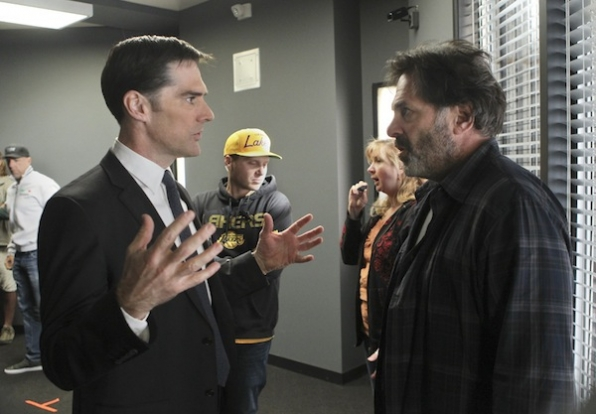 Directing Guest Star Ken Olin