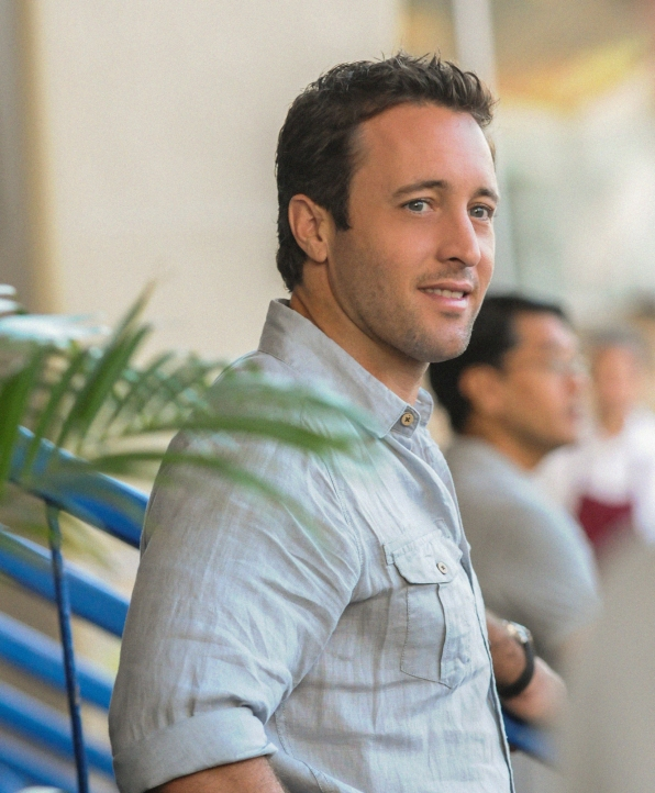 "McGarrett in ""Na Ki'i"" Episode 18 of Season 3"
