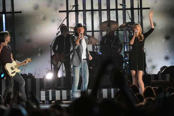 Taylor Swift, Keith Urban and Tim McGraw