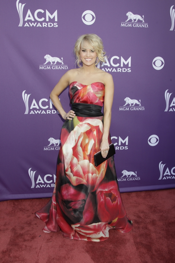 Carrie Underwood on the Red Carpet - 48th ACM Awards
