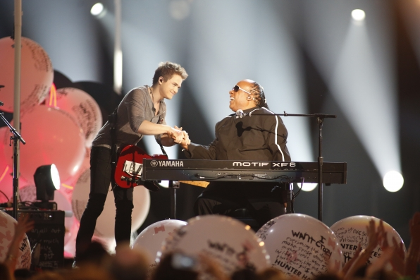 Stevie Wonder & Hunter Hayes