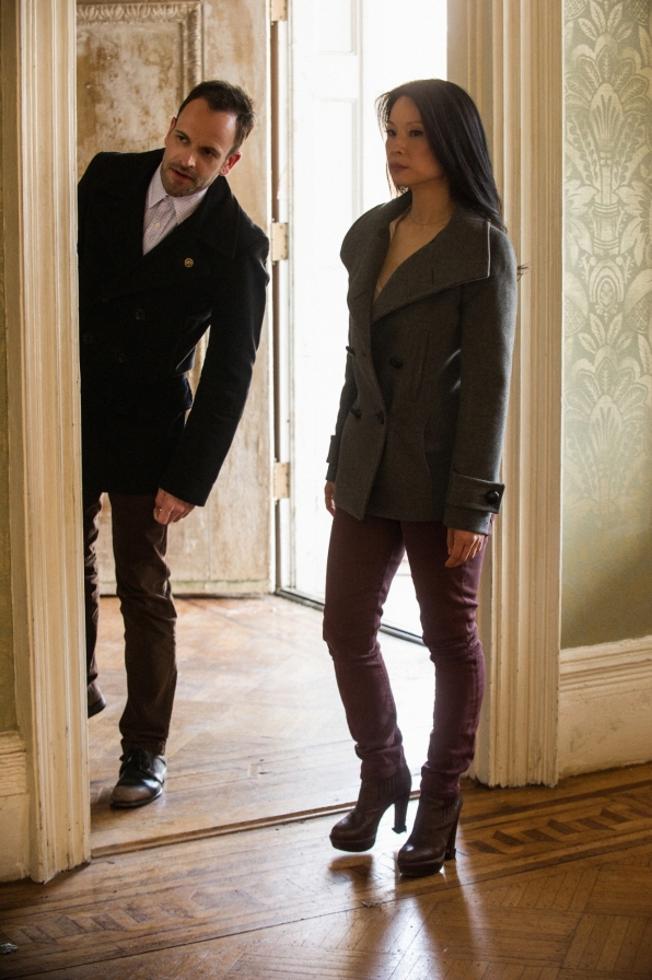 Sherlock Holmes (Johnny Lee Miller) and Dr. Watson (Lucy Liu) Investigate a Kidnapping in the Two-Hour Season Finale of Elementary / Photo: Jeffrey Neira /CBS ©2013 CBS Broadcasting, Inc. All Rights Reserved
