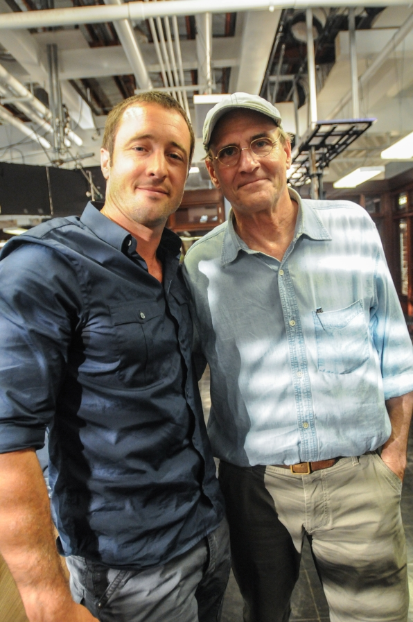 Alex O'Loughlin and James Taylor Smile for the Camera