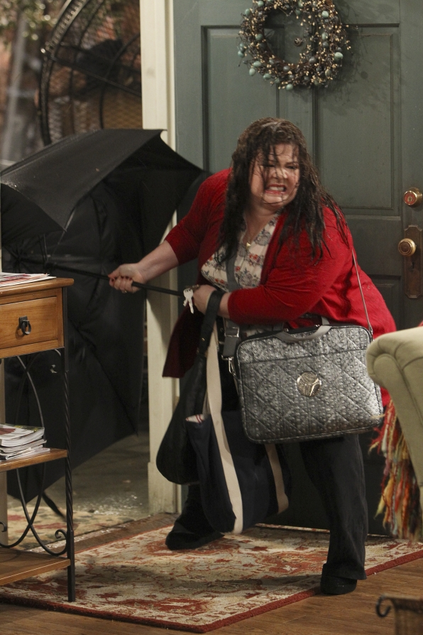 MIKE & MOLLY EXCLUSIVE