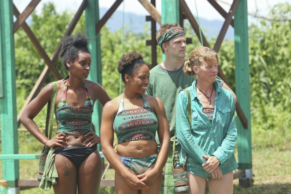 The Brains tribe in Season 28 Episode 3