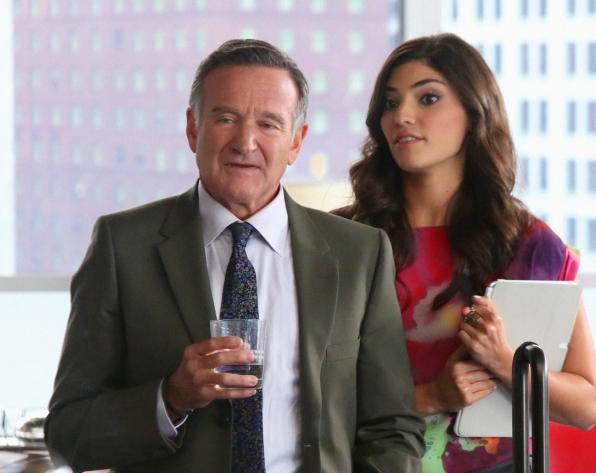 """Simon & Lauren in """"Hugging The Now"""" Episode 6 of Season 1"""