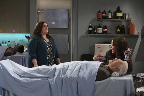 """Alarm murder in """"Sex and Death"""" Episode 3 of Season 4"""