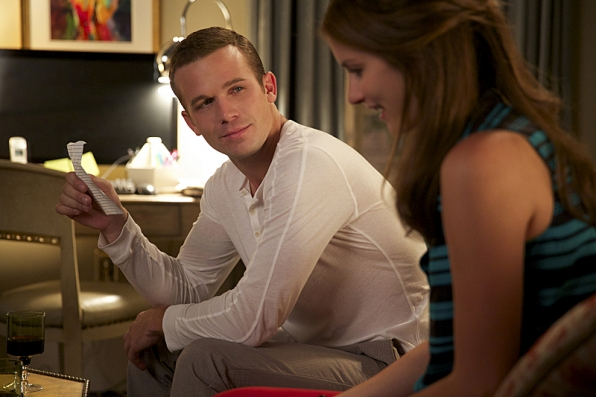 "Cam Gigandet as Roy Rayder and Anna Wood as Jamie Sawyer in ""Family Plot"" S1E6"