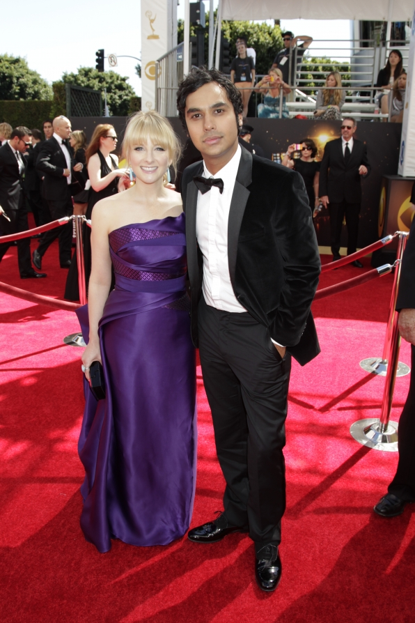 Melissa Rauch and Kunal Nayyar