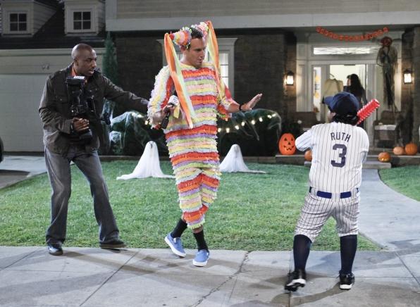 """Call the umpire in """"Giving The Bird"""" Episode 5 of Season 1"""