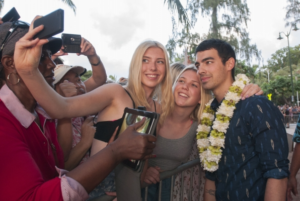 Hawaii Five-0 Sunset on the Beach - Joe Jonas