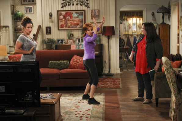 """Dance break in """"Careful What You Dig For"""" Episode 4 of Season 4"""