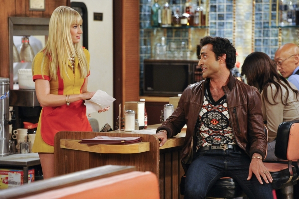 "Luis & Caroline in ""And The Piece of Sheet"" Episode 6 of Season 3"