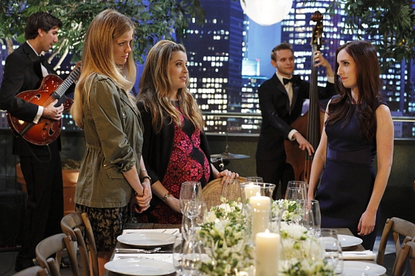 """Formal Dinner in """"Game Sext Match"""" S1 E3"""