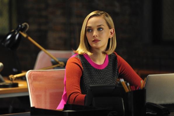 Jess Weixler as Robyn Burdine