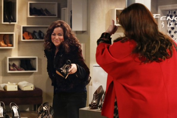 "Must-have heels in ""Shoeless Molly Flynn"" Episode 6 of Season 4"