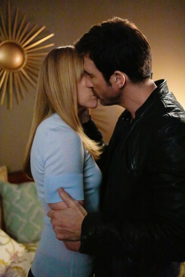 Ellen and Duncan share a shocking kiss