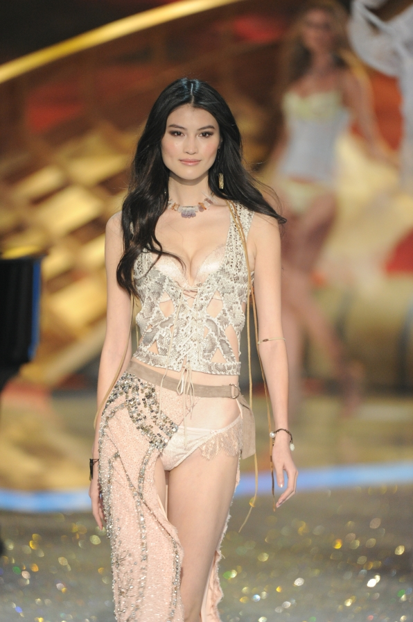 Highlights from the 2013 Victoria's Secret Fashion Show