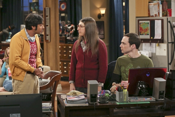 "Raj, Amy & Sheldon in ""The Discovery Dissipation"" Episode 10 of Season 7"