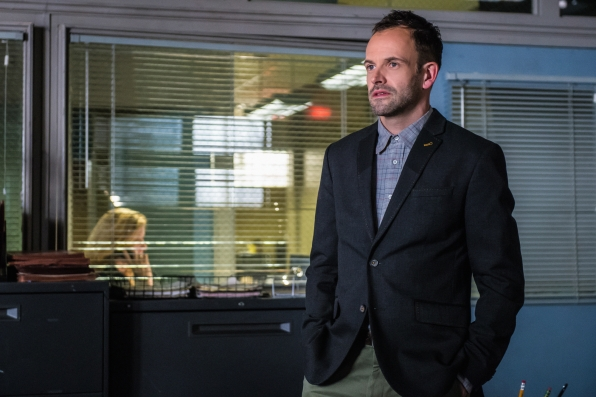 1. Jonny Lee Miller is a big sports fan, including football, soccer, and hockey.